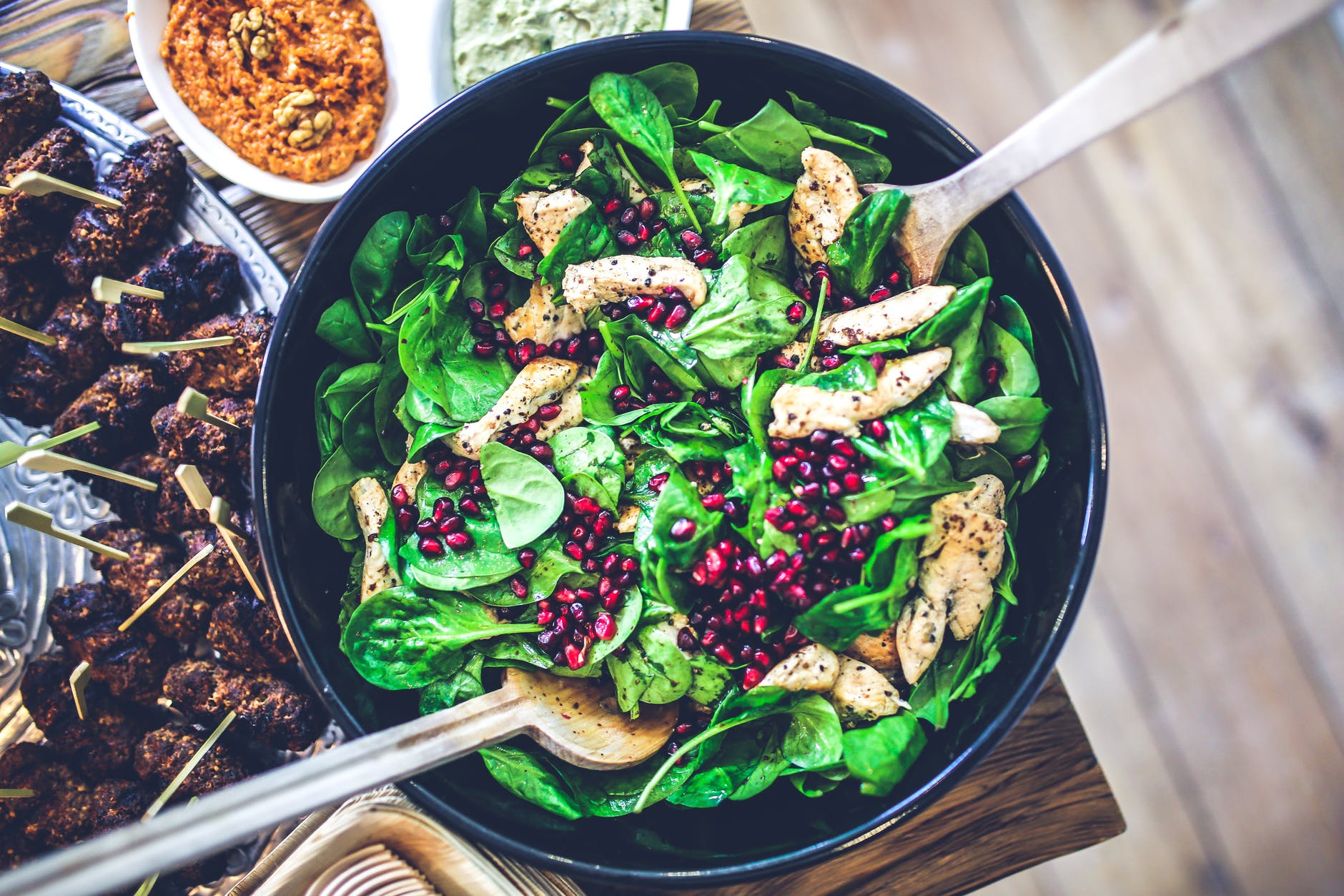 spinach chicken pomegranate salad